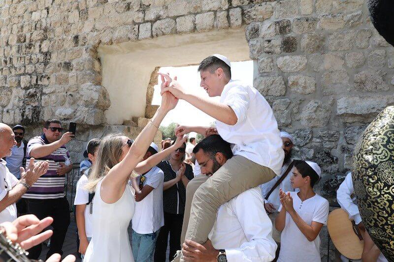 photo bar mitzvah kotel